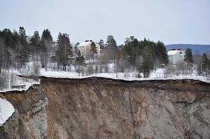 Crater urias in Suedia (Galerie foto + Video)