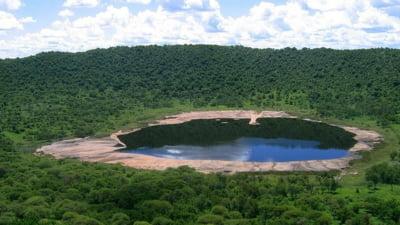 Cratere de impact impresionante de pe Terra (Galerie foto)