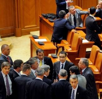 Credeti ca USL ar trebui sa demisioneze din Parlament? - Sondaj Ziare.com