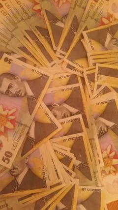 Creditele unora se iau pe spinarea altora. Cum iti depui banii la banca si ... pierzi