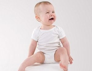 "Cremele ""delicate"" pentru bebelusi predispun la eczeme si psoriazis"