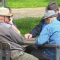 Cresterea optionala a varstei de pensionare la 70 de ani, aprobata de guvern. Se elimina cumulul de pensie cu salariul la stat