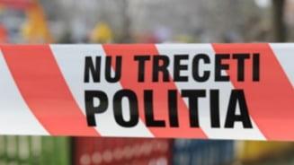 Crima sangeroasa in Ilfov. Un barbat si-a injunghiat fosta sotie si pe fosta soacra, apoi s-a sinucis