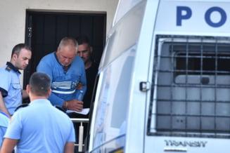 Crimele de la Caracal: De ce Gheorghe Dinca are mai multi avocati din oficiu
