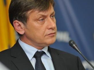 """Crin Antonescu: Am pus deoparte """"conflictul inghetat"""" pe justitie cu Victor Ponta"""