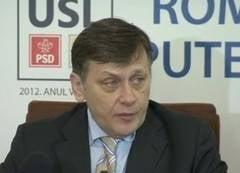 Crin Antonescu: Basescu vorbeste singur, il supara revizuirea Constitutiei