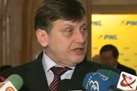Crin Antonescu: Dupa Congresul PNL, ori plec eu, ori domnul Chiliman (Video)
