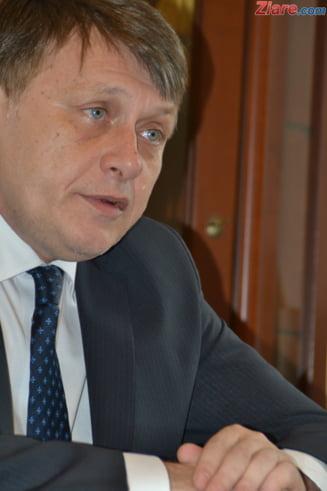 Crin Antonescu: L-am sunat pe Ponta, in mod exceptional