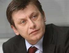 Crin Antonescu: Ma detasez de evaluarile lui Patriciu
