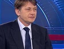 Crin Antonescu: Noi suntem prostii Guvernului Boc
