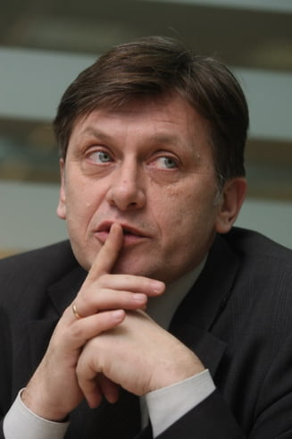 "Crin Antonescu: Patriciu s-a comportat ""ca un mogul"" in cazul filmului cu Basescu"