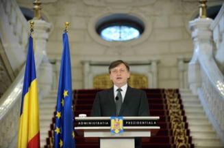 Crin Antonescu: Vom astepta civilizat rezultatele oficiale, le multumesc romanilor