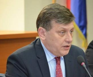 Crin Antonescu, despre demisiile din PNL: Acesti oameni au fost dusmani ai partidului nostru