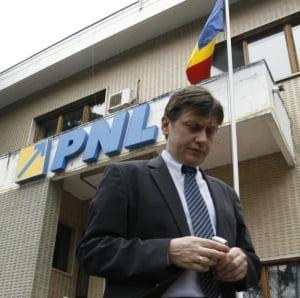 Crin Antonescu a chiulit si de la intalnirea cu ambasadorii UE