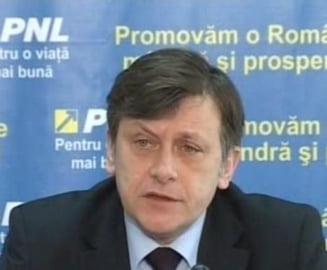 Crin Antonescu a discutat cu UDMR pe tema motiunii de cenzura