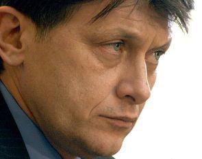 Crin Antonescu a promulgat legea de aprobare a OUG privind referendumul