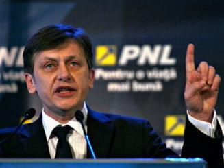 Crin Antonescu cere demisia lui Daniel Barbu: Declaratii de neimaginat! (Video)