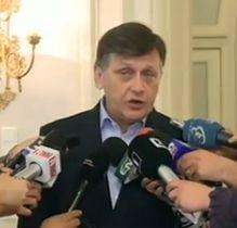 Crin Antonescu ii transmite lui Ponta: Nu ma las intimidat de teroarea mediatica