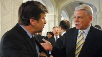 Crin Antonescu il ataca pe seful SIE: Melescanu da raspunsuri frivole
