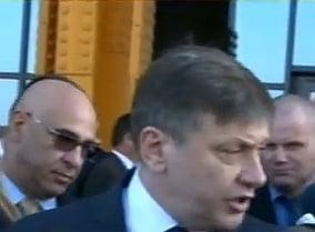 Crin Antonescu si-a varsat nervii pe jurnalisti dupa ce a fost huiduit la Cluj