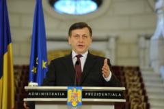 Crin Antonescu va promulga Legea referendumului