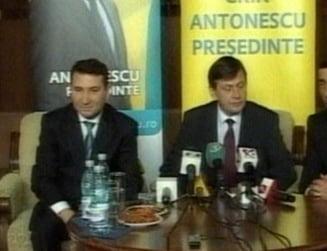 Crin Antonescu vrea consultari cu Traian Basescu