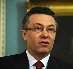 Cristian Diaconescu dezminte ca se retrage din cursa pentru sefia PSD