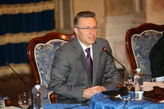 Cristian Diaconescu isi da demisia din UNPR si Senat - surse