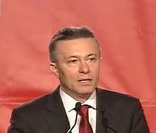 Cristian Diaconescu se retrage si il sustine pe Mircea Geoana (Video)