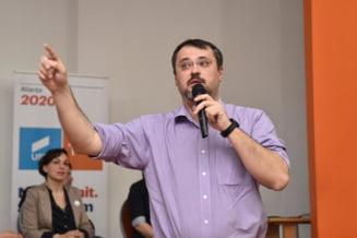 Cristian Ghinea spune ca Dragnea a ajuns sa decida cine trebuie arestat si cine nu: Visul oricarui penal