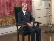 Cristian Mungiu si Cornel Nistorescu, printre personalitatile decorate de regele Mihai