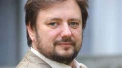 Cristian Parvulescu: Ar trebui sa avem acces la informatii privind copilaria politicienilor