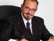 Cristian Popescu Piedone face peste 160 de angajari in primarie. El a cerut suplimentarea posturilor in aparatul de specialitate al primarului