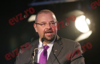 """Cristian Popescu Piedone va candida la alegerile din 2016 din partea UNPR: """"Optiunile mele, simpatiile mele politice se indreapta spre UNPR"""""""