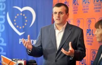 Cristian Preda: Buldozerele ceausiste ale lui Oprescu au iesit din garaj