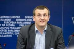 "Cristian Preda: Daca motiunea ""giruetelor"" pica, victorie pentru MRU si PDL"