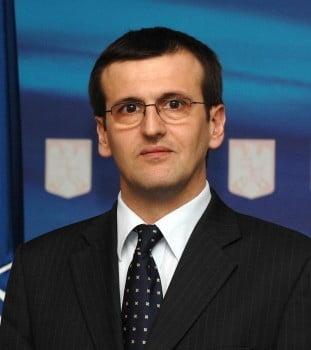 Cristian Preda: Invitand PDL la discutii, Ponta vrea sa-l izoleze pe Basescu