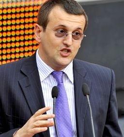 Cristian Preda: PSD se poarta cu Geoana cum s-a purtat cu Nastase, in 2004