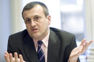 Cristian Preda: Predoiu, un fel de crema antiriduri politice pentru Blaga
