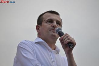 Cristian Preda o critica pe Macovei: A ales sa taca in fata unui spectacol jalnic