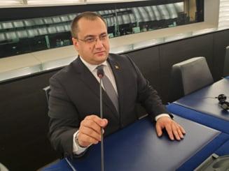 Cristian Terhes pleaca cu scandal din PSD: A profitat de partid, a uitat sa demisioneze din Parlamentul European!