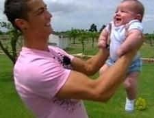 Cristiano Ronaldo: Am devenit tatal unui baietel