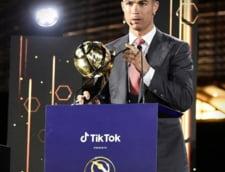 Cristiano Ronaldo, ales fotbalistul secolului. Cine este cea mai buna echipa si cel mai mare antrenor din istorie