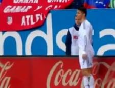 Cristiano Ronaldo, umilit de un copil de mingi (Video)