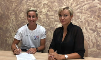 """Cristina Laslo a semnat pe doua sezoane cu Minaur Baia Mare: """"Acest transfer ma motiveaza"""""""