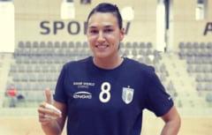 """Cristina Neagu l-a pus la punct pe Gheorghe Tadici: """"Nici o femeie nu trebuie să accepte asta"""". Antrenorul și-a înjurat grosolan jucătoarele"""