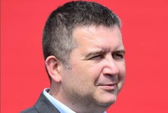 Criticat dur de colegii din Guvern, ministrul de interne din Cehia si-a anulat o deplasare la Moscova