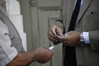 Criza din Grecia atinge noi culmi: Pana si mortii au de suferit