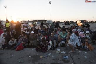 Criza imigrantilor: Evacuare violenta a Junglei de la Calais, cu ciocniri si gaze lacrimogene