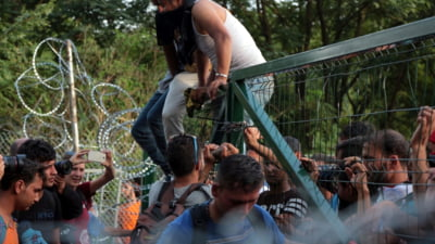 "Criza imigrantilor: Ungaria sustine ca este expusa unui ""atac premeditat"""